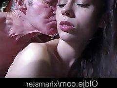 Krása, Tvrdé sex, Staré a mladé, Náctileté
